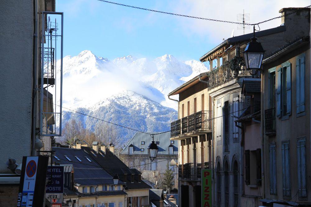ヴァレージュ村から西側のピレネー山塊